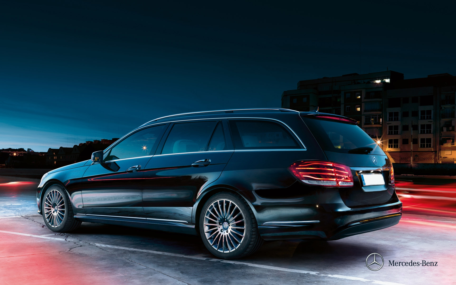 mercedes-benz-e-class-estate_s212_wallpaper_03_1920x1200_11-2012